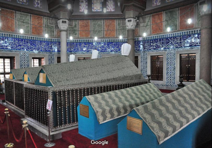 В Сулеймание - усыпальницы Сулеймана и Хюррем-султан