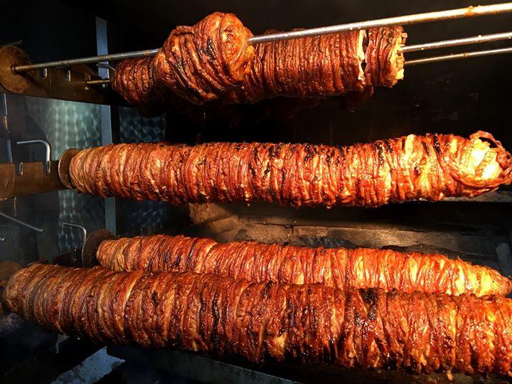 Кокореч - уличная еда в Стамбуле
