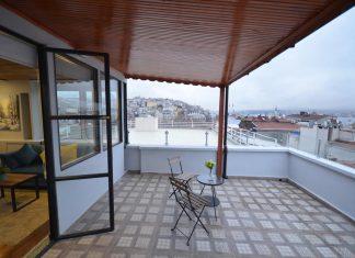 Отель Ünver Galata Apart с видом на Босфор