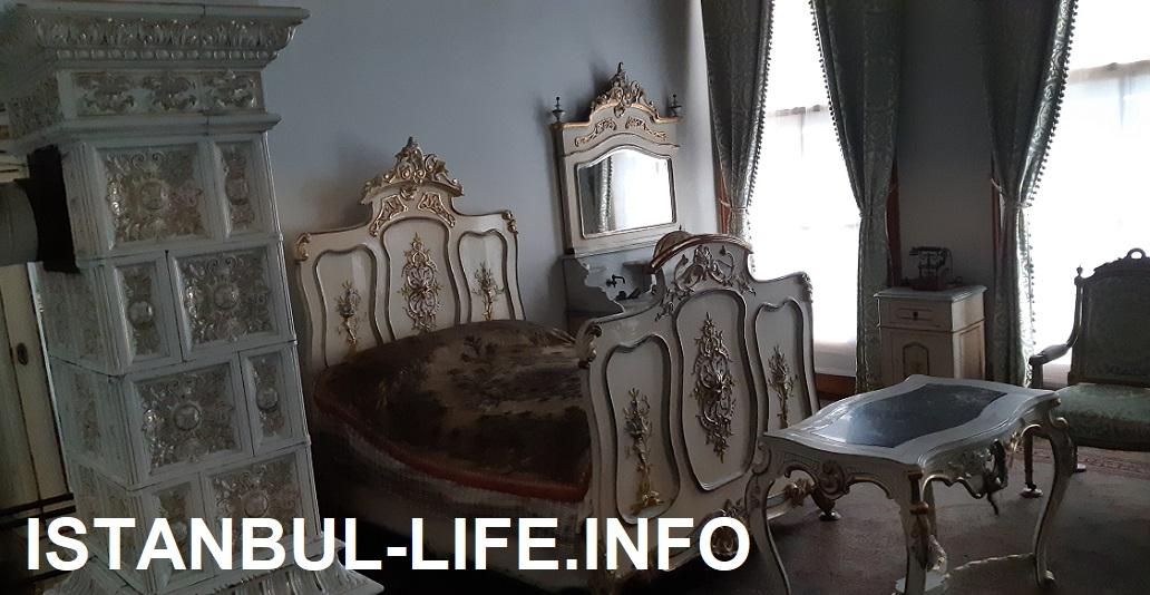 Покои султанской матери в Долмабахче