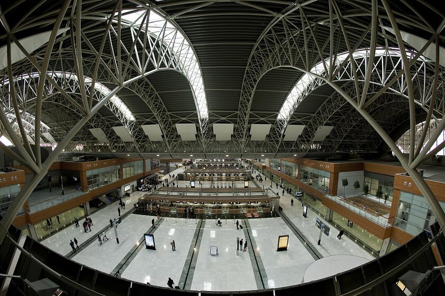 Сабиха Гекчен аэропорт внутри