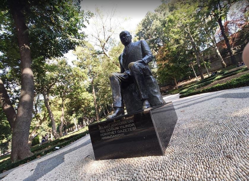 Парк Гюльхане - статуя Ататюрка